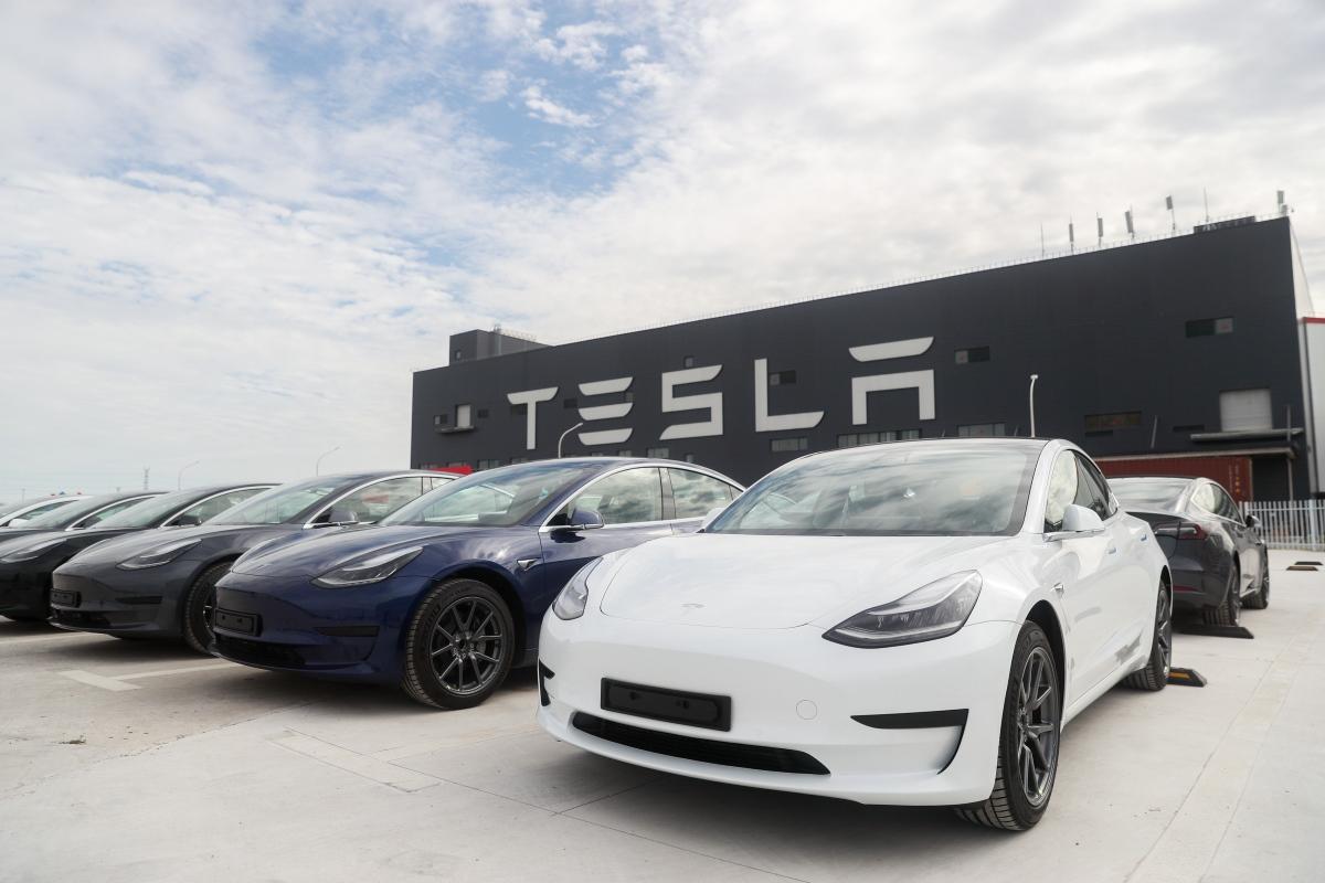 У Tesla розповіли про обсяги виробництва за 2020 рік