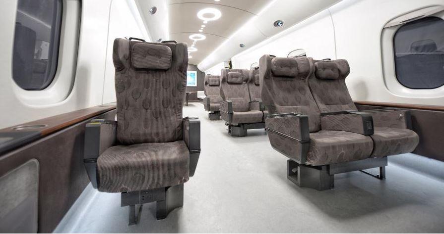 У Китаї представили поїзд-маглев, що розганяється до 1000 км/год
