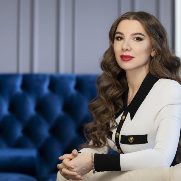 Алена Дегрик Шевцова номинирована как лучший CEO финансового сектора по версии FinAwards 2021