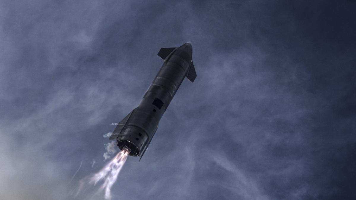 Starship від SpaceX у польоті. Фото до вибуху