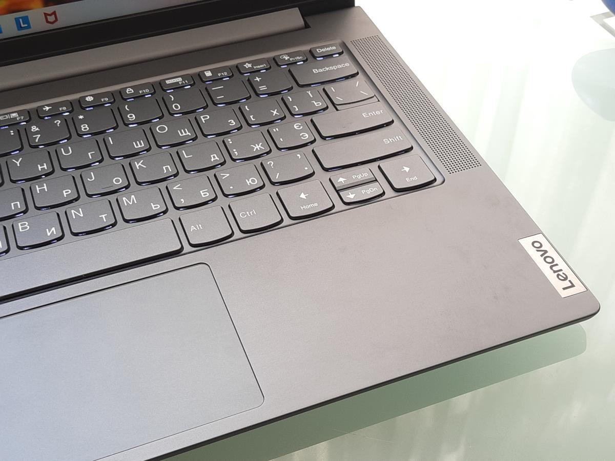 Огляд ноутбука Yoga Slim 7 від Lenovo. Компактність та продуктивність