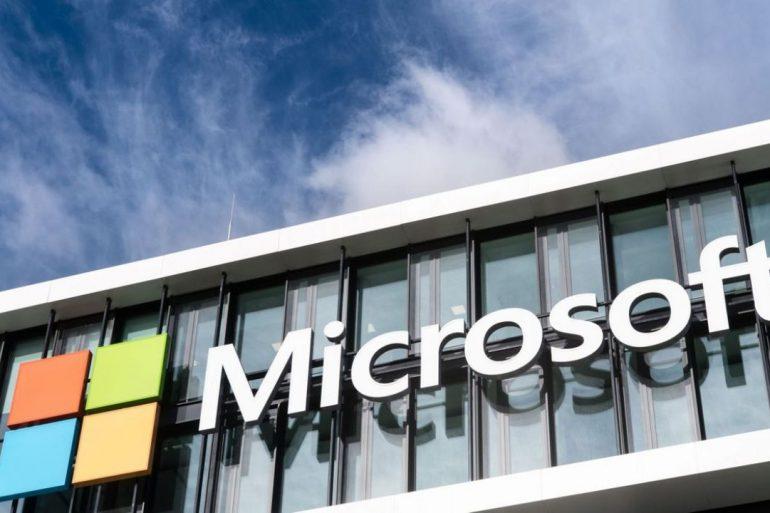 Microsoft поставить Міноборони США окуляри доповненої реальності на $22 млрд