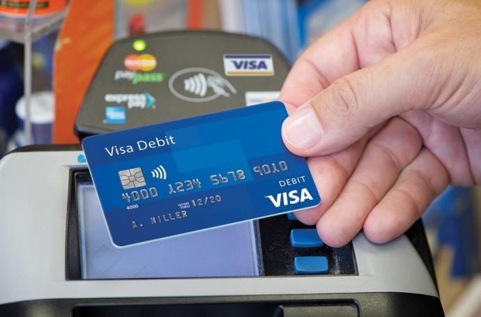 49% українців готові повністю відмовитися від використання готівки, - Mastercard
