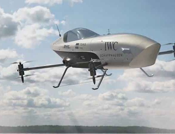 В Австралії випробували перший в світі літаючий гоночний електромобіль