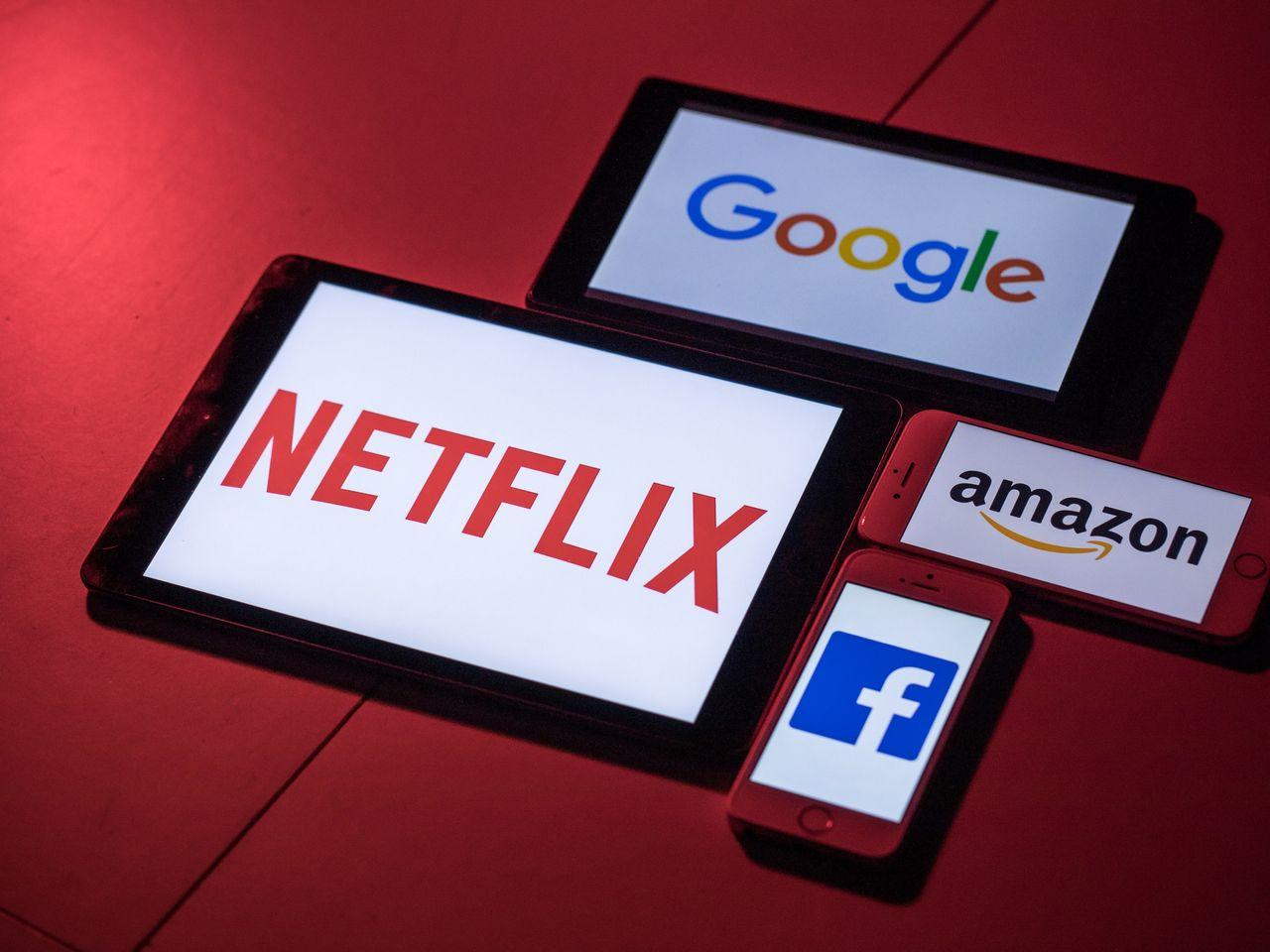 Минцифры спрогнозировало, как подорожают услуги техногигантов из-за налога на Google