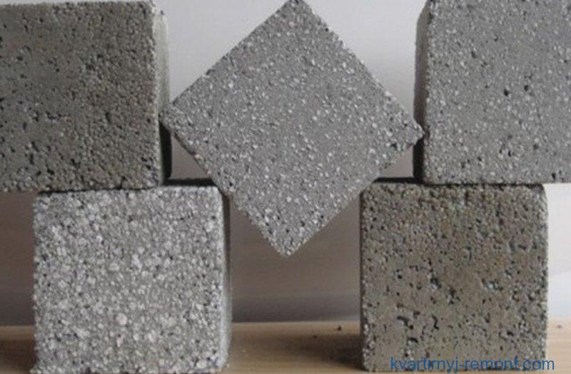 Американські вчені створили бетон, здатний самовідновлюватися