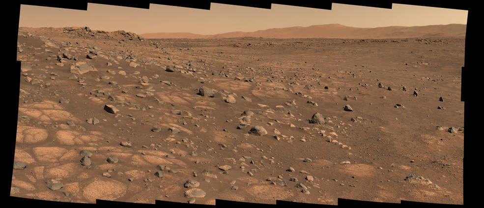 Марсохід NASA розпочинає пошуки слідів життя на Марсі