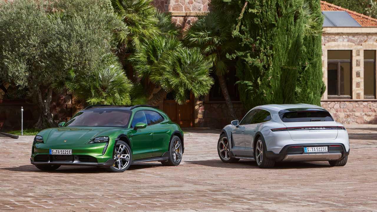 Porsche відкликає десятки тисяч своїх електрокарів
