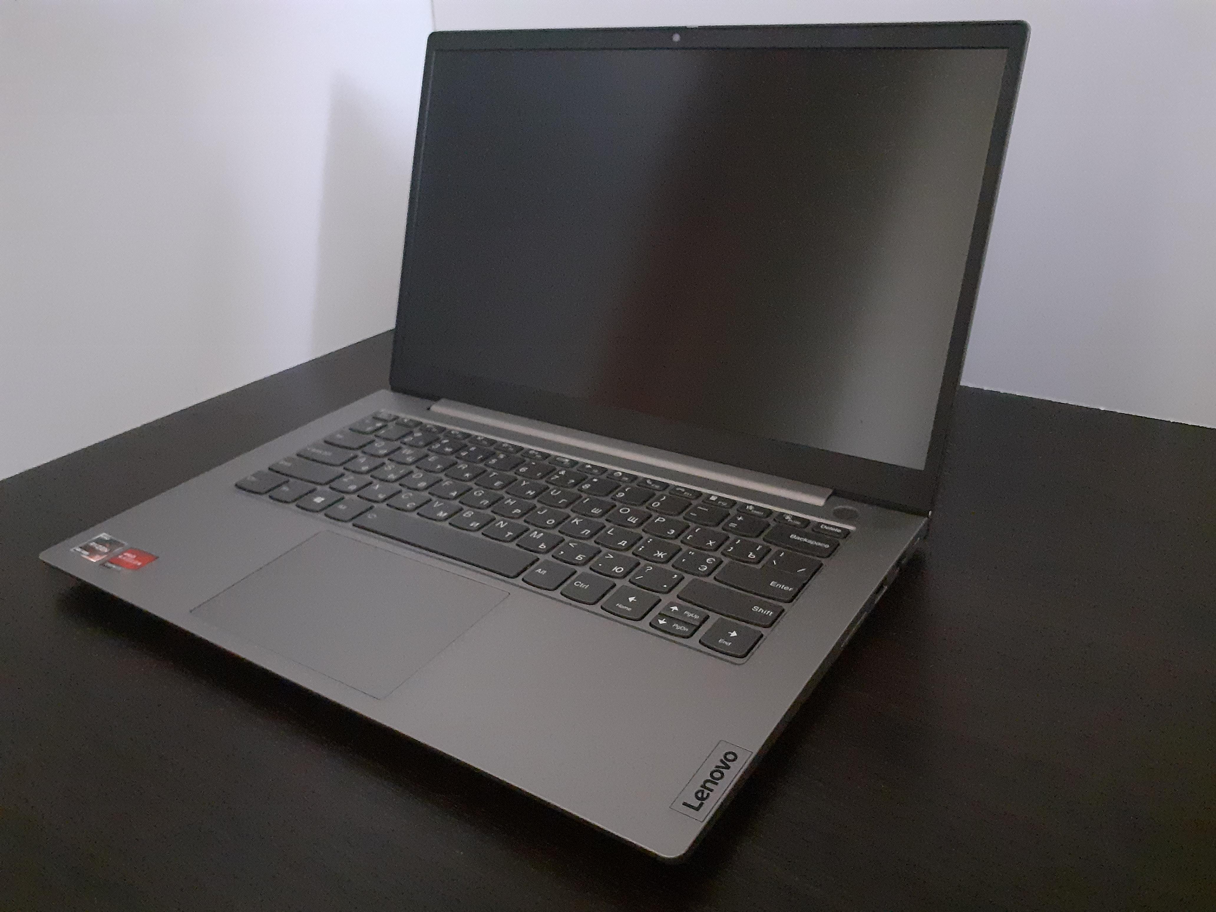Бізнес-ноутбук Lenovo з лаконічним дизайном. Огляд ThinkBook 14 G2 ARE