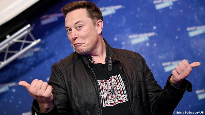 Tesla знову буде продавати свої електромобілі за біткоіни, - Ілон Маск