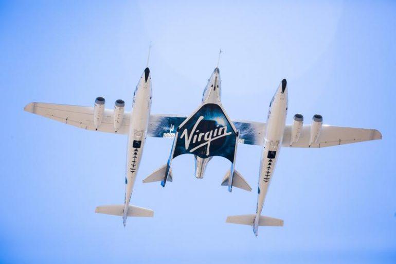 Річард Бренсон успішно здійснив політ у космос на своєму кораблі. Як відреагували Маск та Безос