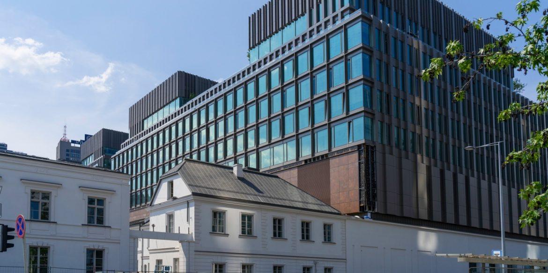 У Варшаві відкриється найбільший музей Apple у світі