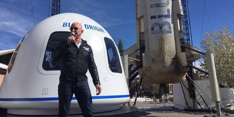 Blue Origin Безоса отримала ліцензію на перевезення людей на космічному кораблі New Shepard