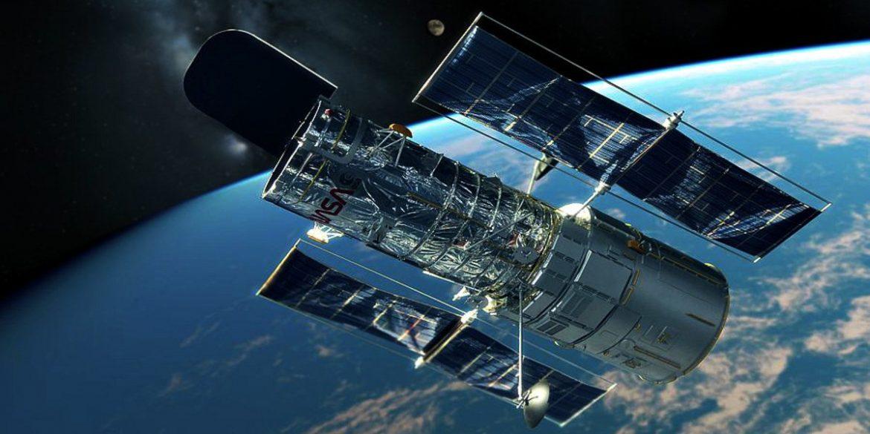 Телескоп Хаббл зняв дві гігантські галактики у скупченні галактик Персей