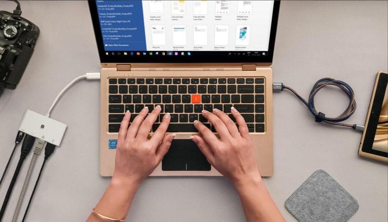 Уряд закупить 60 тисяч ноутбуків для українських вчителів