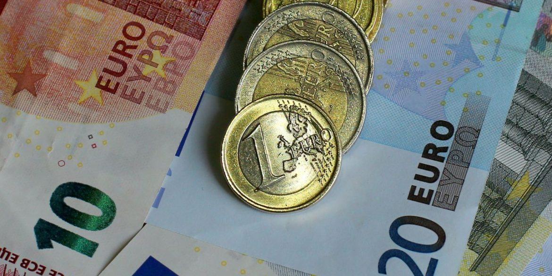 У Євросоюзі можуть заборонити платежі готівкою більше €10 євро та анонімні криптогаманці