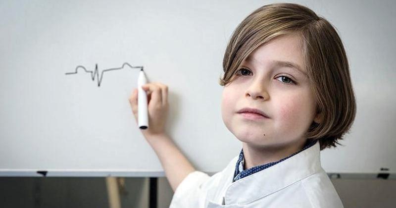 11-річний бельгійський вундеркінд Лоран Сімонс отримав ступінь бакалавра фізики