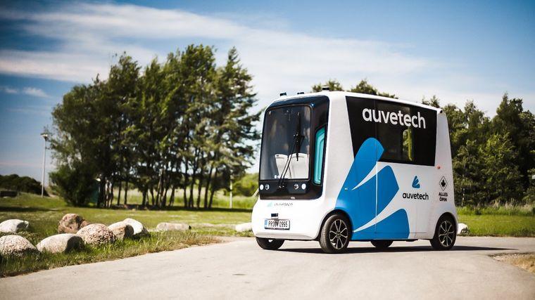 В Естонії почали курсувати перші в світі безпілотні маршрутки на водні