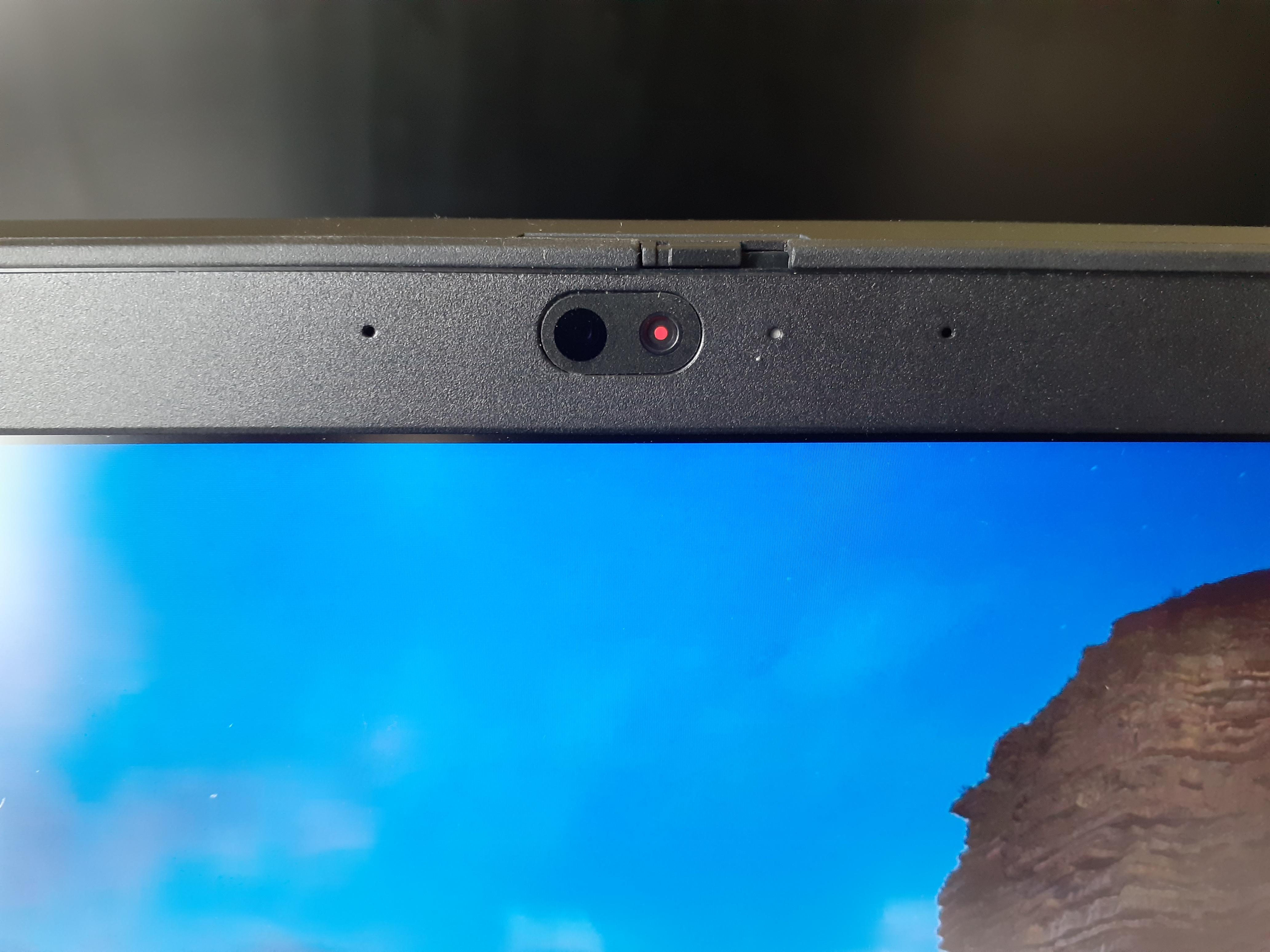 Ноутбук для роботи із посиленим захистом: огляд Lenovo ThinkPad T15 Gen 1