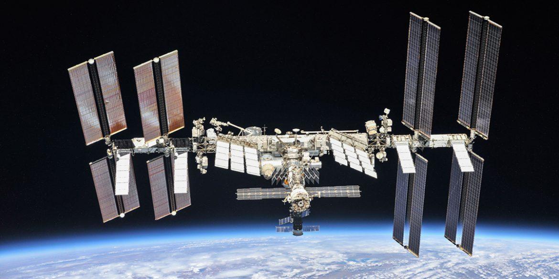Екіпаж МКС повідомив про збій зв'язку між російськими модулями «Зірка» та «Наука»