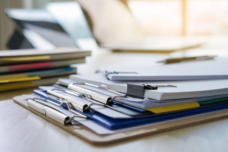 Минцифры пояснило, что мешает окончательному переходу на paperless