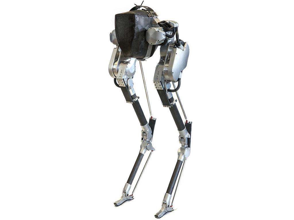 Видео: робот Cassie бежит 5 километров без подзарядки