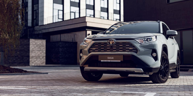 Toyota скоротить виробництво автомобілів на 40% у вересні через брак чіпів