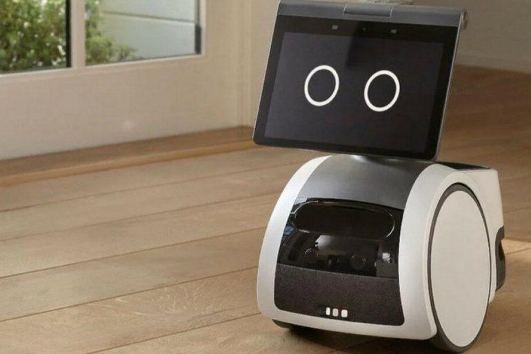 Amazon представив робота-помічника по дому Astro