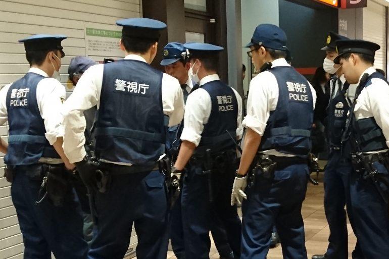 Японця заарештували за те, що він за допомогою нейромереж прибирав цензуру з відео для дорослих