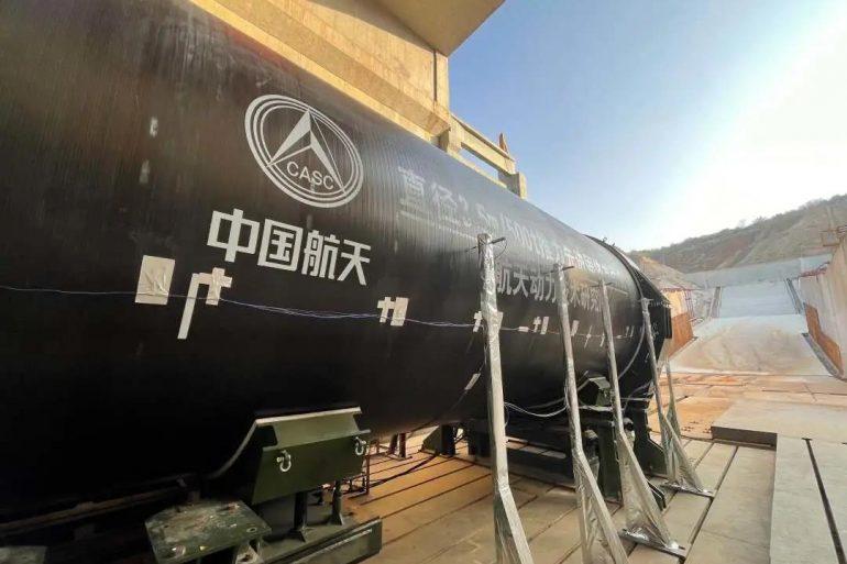 У Китаї випробували найпотужніший у світі твердопаливний ракетний двигун