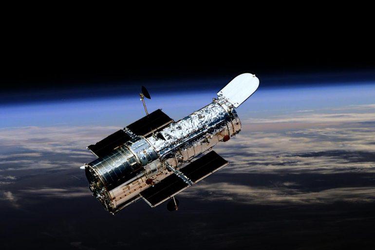 Hubble сфотографував гравітаційну суперечку двох галактик