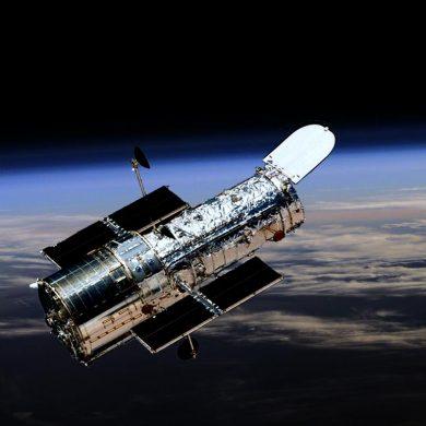 NASA перевела телескоп Hubble в безопасный режим из-за проблем со связью