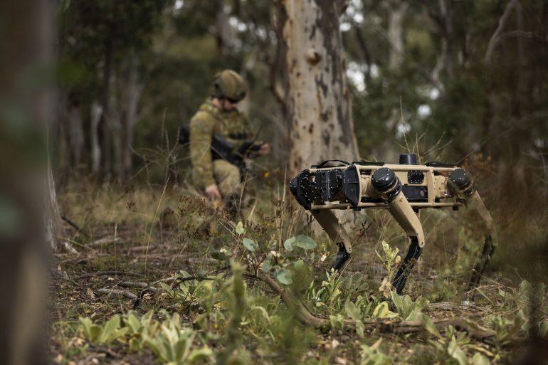 У США створили військовий аналог робопса Boston Dynamics з автономною снайперською гвинтівкою